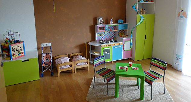 Playground & playroom